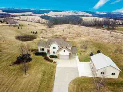 Green County Single Family Home For Sale: N7411 High Prairie Ln