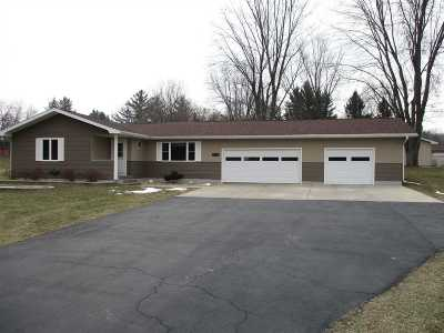 Sun Prairie WI Single Family Home For Sale: $374,900
