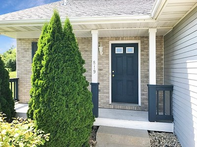 Cottage Grove Multi Family Home For Sale: 102 E Northlawn Dr