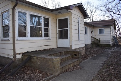 Dane County Single Family Home For Sale: 129 Highwood Dr