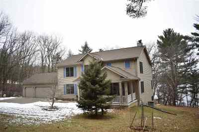 Wisconsin Dells Single Family Home For Sale: E11340 Hillside Dr