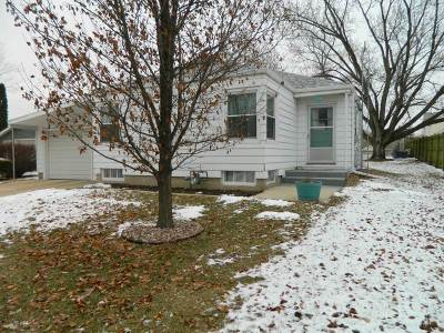 Green County Single Family Home For Sale: 1516 12th Ave