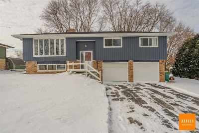 Mount Horeb WI Single Family Home For Sale: $268,000