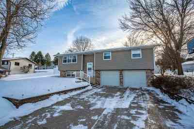 Green County Single Family Home For Sale: 807 3rd Ave