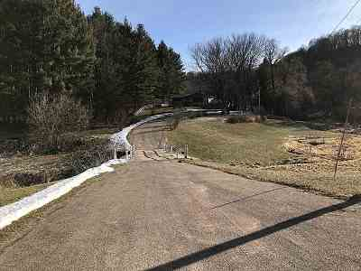 Richland Center Single Family Home For Sale: 25571 County Road Y