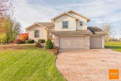 Dane County Single Family Home For Sale: 6645 Cheddar Crest Dr