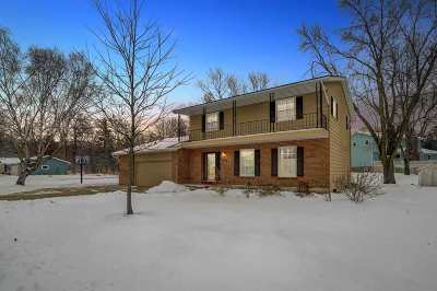 Sun Prairie Single Family Home For Sale: 629 Woodview Dr