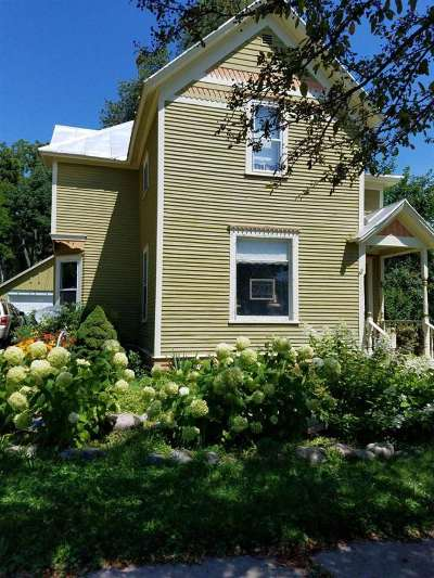 Baraboo WI Single Family Home For Sale: $129,900