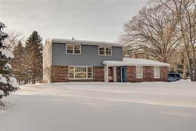 Waunakee Single Family Home For Sale: 5503 Shamrock Rd