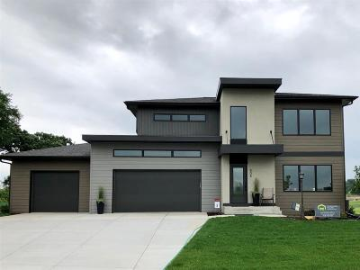Cambridge Single Family Home For Sale: 808 Winery Way