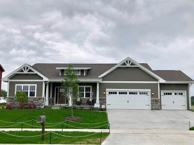 Cambridge Single Family Home For Sale: 804 Winery Way