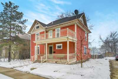 Stoughton Single Family Home For Sale: 116 S Franklin St