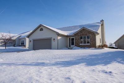 Sun Prairie Single Family Home For Sale: 3249 Weybridge Dr
