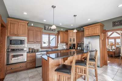 Green County Single Family Home For Sale: W2797 Hwy 92