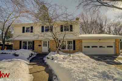 Madison WI Single Family Home For Sale: $340,000