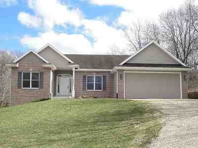 Green County Single Family Home For Sale: W2663 Zurfluh Rd