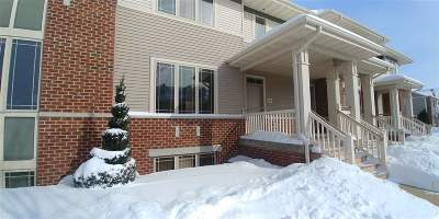 Sun Prairie Condo/Townhouse For Sale: 2534 Leopold Way
