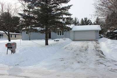Pardeeville Single Family Home For Sale: N6327 Hillcrest Rd