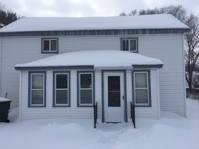 Iowa County Single Family Home For Sale: 104 S 4th St