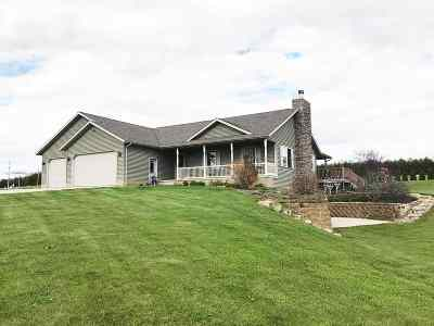 Columbia County Single Family Home For Sale: N7872 Louise Ln