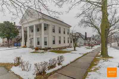 Columbia County Single Family Home For Sale: 206 N Ludington St