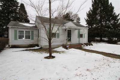 Beloit Single Family Home For Sale: 1757 Marion Ct