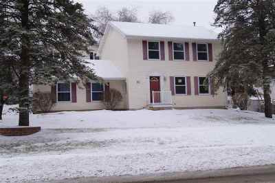 Columbia County Single Family Home For Sale: 601 Pheasant Ct