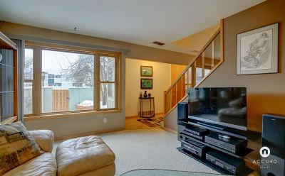 Madison Condo/Townhouse For Sale: 527 East Bluff