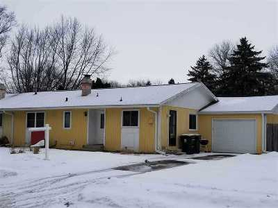Sun Prairie WI Single Family Home For Sale: $150,000