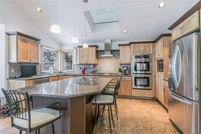 Madison WI Single Family Home For Sale: $465,000
