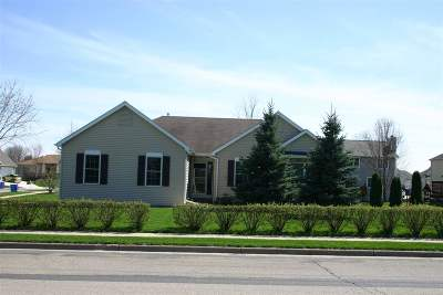 Waunakee Single Family Home For Sale: 500 Kopp Rd