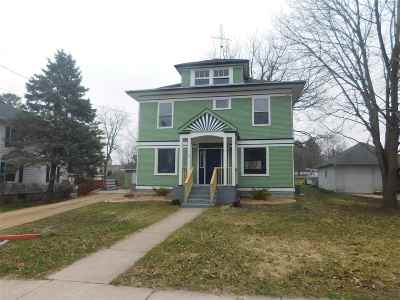 Milton Single Family Home For Sale: 342 Rogers St