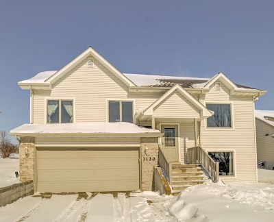 Sun Prairie Single Family Home For Sale: 3120 Collingwood Dr