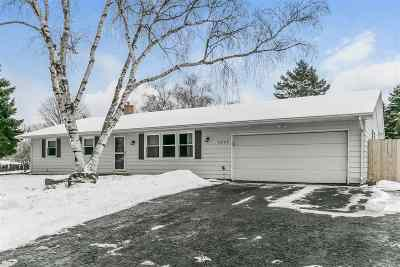 Fitchburg WI Single Family Home For Sale: $265,000