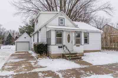 Sauk County Single Family Home For Sale: 425 Charles St