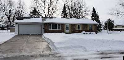 Rock County Single Family Home For Sale: 429 Higgins Dr