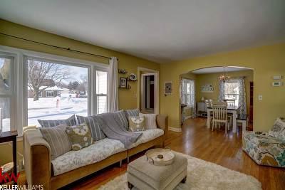 Verona Single Family Home For Sale: 117 N Franklin St