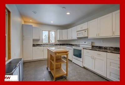 Madison Multi Family Home For Sale: 725 Pflaum Rd