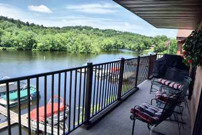 Wisconsin Dells Condo/Townhouse For Sale: 1103 River Rd #109