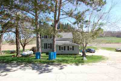 Sauk County Single Family Home For Sale: S10466 Paulus Road