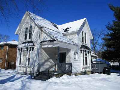 Rock County Single Family Home For Sale: 905 W Grand Ave