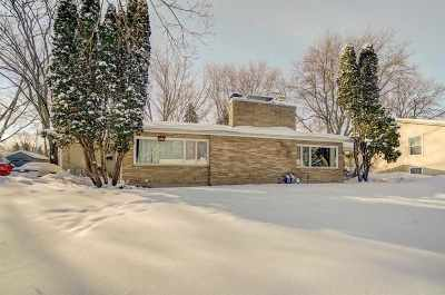 Madison Multi Family Home For Sale: 5117-5119 Manitowoc Pkwy