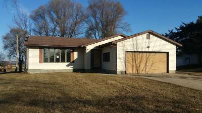 Deforest Single Family Home For Sale: 708 Karow St