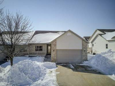 Sun Prairie Condo/Townhouse For Sale: 3035 Rebel Dr