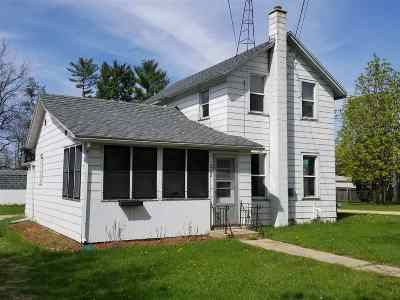 Columbia County Single Family Home For Sale: 202 W Chestnut St
