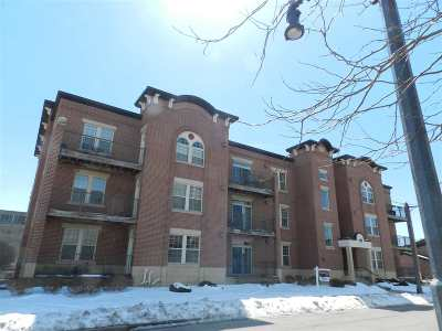 Sun Prairie Condo/Townhouse For Sale: 201 E Lane St #105