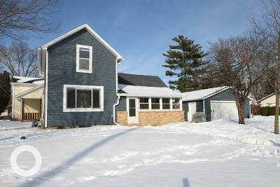Sauk City WI Single Family Home For Sale: $204,900