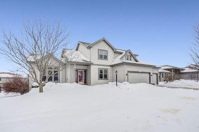 Middleton Single Family Home For Sale: 5417 Upland Tr