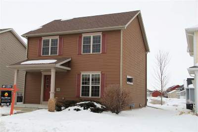 Sun Prairie Single Family Home For Sale: 2484 Leopold Way