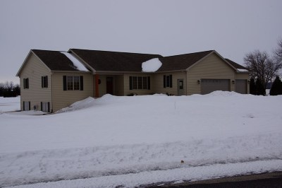 Green County Single Family Home For Sale: W2677 Mourning Dove Ln